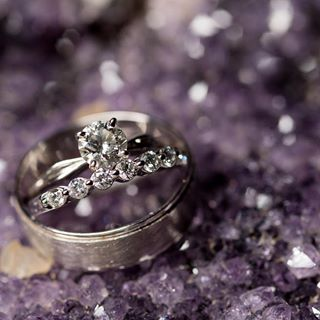 wedding ring sets cushion cut