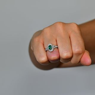 wedding ring finger in india