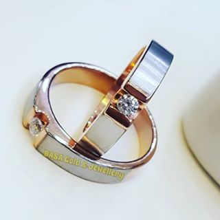 unusual wedding rings.com
