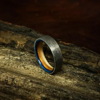 wedding ring engraved with waveform