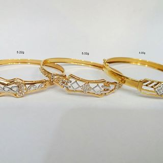 pictures of wedding rings entwined